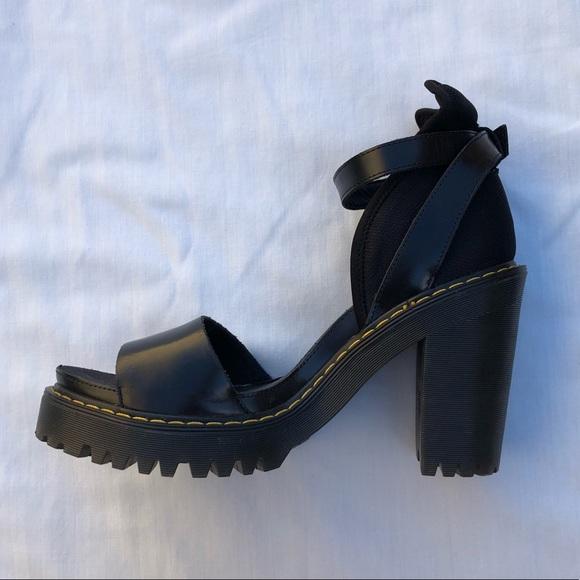 przemyślenia na temat miło tanio wielka wyprzedaż NWOT Dr. Martens Medea platform sandals black US 8